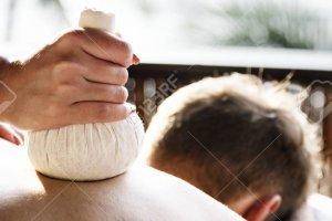 Massagem com Pindas Chinesas